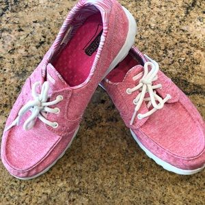 Skechers go may boat shoes